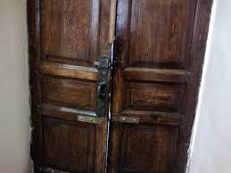 Независимая экспертиза качества установки входных дверей