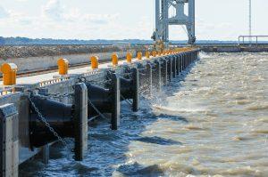 Обследование портовых сооружений