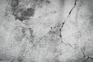 Проверка бетона на прочность молотком Шмидта