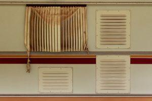 Проверка работы вентиляции в квартире